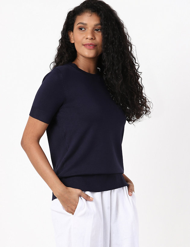Knitted Crew Neck Short Sleeve Top