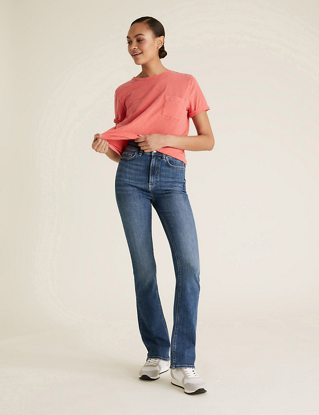 High Waisted Flared Jeans with Stretch